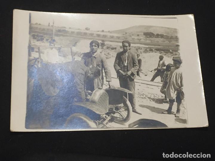 POSTAL MARRUECOS CAMPAÑA AFRICA NIÑOS JUNTO VEHICULO GUILLEMINOT NO INSCRITA NO CIRCULADA (Postales - España - Melilla Antigua (hasta 1939))