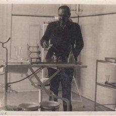Postales: LARACHE. MEDICO MILITAR. FOTO POSTAL DE EPOCA. Lote 198457725