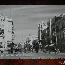 Postales: FOTO POSTAL DE MELILLA, N. 8, AVENIDA DEL GENERALISMO, ED. ANAVIARTE, NO CIRCULADA.. Lote 218741157