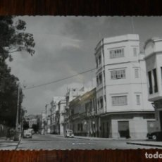 Postales: FOTO POSTAL DE MELILLA, N. 52, CALLE DEL GENERAL MARINA, ED. ANAVIARTE, NO CIRCULADA.. Lote 218741605