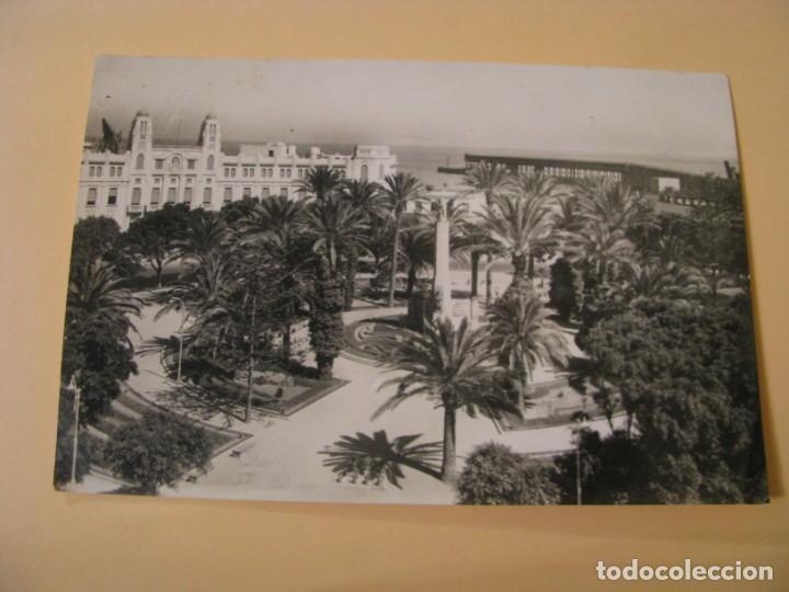 POSTAL DE MELILLA. PLAZA DE ESPAÑA. ED. RAFAEL BOIX. ESCRITA. (Postales - España - Melilla Moderna (desde 1940))