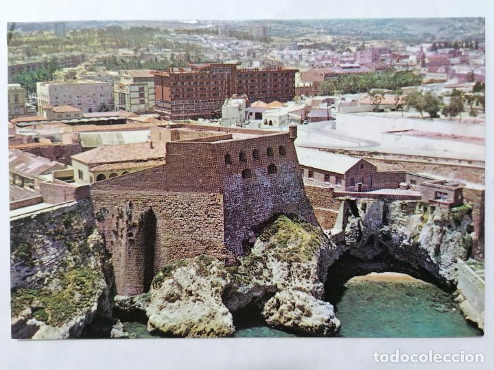 POSTAL MELILLA, VISTA PARCIAL CON EDIFICIO ANFORA Y HOTEL, AÑOS 80 (Postales - España - Melilla Moderna (desde 1940))