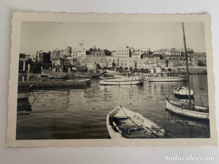 MELILLA - PUERTO Y CIUDAD ANTIGUA - Nº 24 ED. RAFAEL BOIX (Postales - España - Melilla Moderna (desde 1940))
