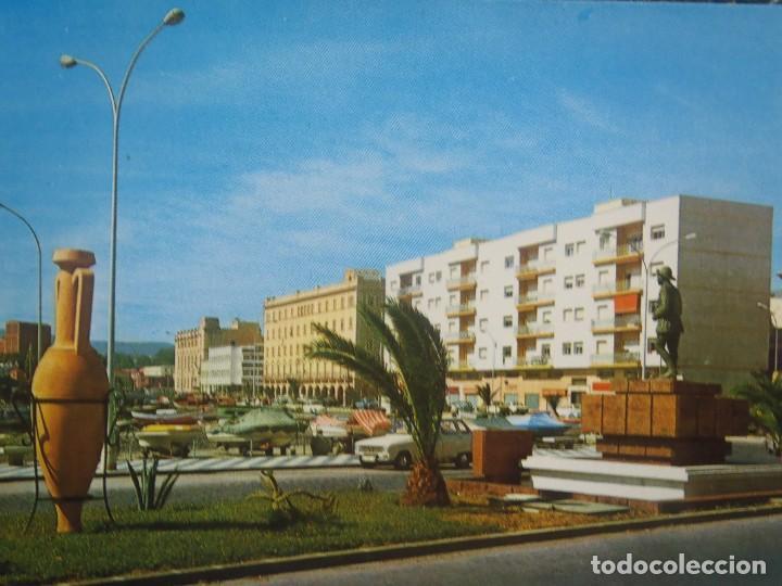 MELILLA - AVDA GRAL MACIA Y ENTRADA AL PUERTO (Postales - España - Melilla Moderna (desde 1940))
