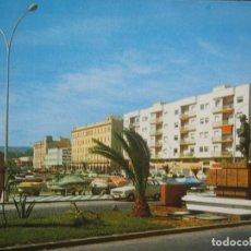 Postales: MELILLA - AVDA GRAL MACIA Y ENTRADA AL PUERTO. Lote 277172868
