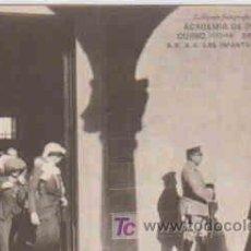 Postales: POSTAL MILITAR, ACADEMIA DE INFANTERIA DE TOLEDO CURSO 1913-14, VISITA DE S.S. A.A. LAS INFANTAS. Lote 7862882