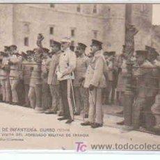 Postales: POSTAL MILITAR, ACADEMIA DE INFANTERIA DE TOLEDO CURSO 1913-14, VISITA DEL AGREGADO DE FRANCIA. Lote 7863514