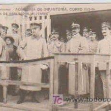 Postales: POSTAL MILITAR, ACADEMIA DE INFANTERIA DE TOLEDO CURSO 1913-14, VISITA DE AGREGADOS MILITARES. Lote 7863533