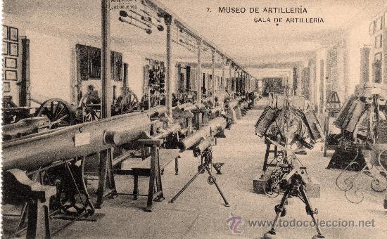 MUSEO DE ARTILLERIA, SALA DE ARTILLERIA, FOTOT. HAUSER Y MENET, NO CIRCULADA (Postales - Postales Temáticas - Militares)