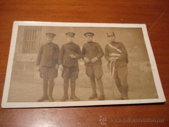 POSTAL CON SOLDADOS (Postales - Postales Temáticas - Militares)
