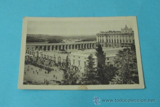 LA PARADA. PALACIO REAL. MADRID Nº 90. HELIOTIPIA DE KALLMEYER Y GAUTIER- MADRID (Postales - Postales Temáticas - Militares)