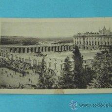 Postales: LA PARADA. PALACIO REAL. MADRID Nº 90. HELIOTIPIA DE KALLMEYER Y GAUTIER- MADRID. Lote 37982563