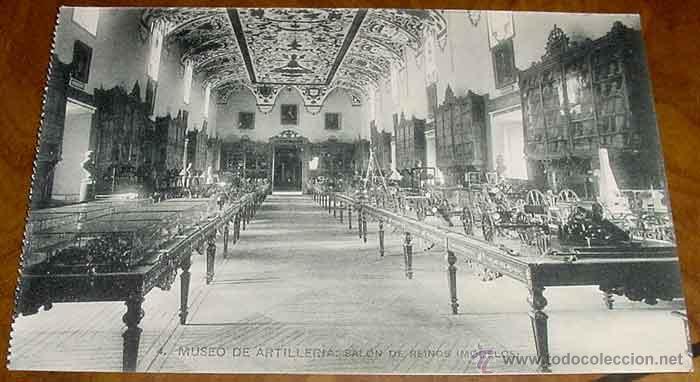 ANTIGUA POSTAL DEL MUSEO DE ARTILLERIA - SALON DE REINOS - FOTOTIPIA HAUSER Y MENET - NO CIRCULADA - (Postales - Postales Temáticas - Militares)