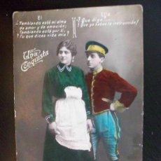 Postales: POSTAL GALANTE CON MILITAR DE CABALLERIA ( COLOREADA ) . AÑOS 10 .... Lote 43714568