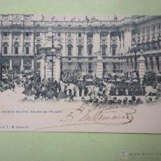 Postales: REVISTA MILITAR. SALIDA DE PALACIO. OLABARRIA. Lote 44963135