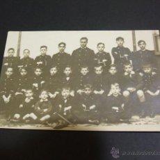 Postales: POSTAL FOTOGRAFICA GRUPO DE ALUMNOS COLEGIO DE HUERFANOS DE LA ARMADA HACIA 1910. Lote 48734857