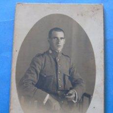 Postales: POSTAL FOTO MILITAR AÑO 1922. SOLDADO CARABINERO DE VILLANUEVA Y GELTRÚ. 760. Lote 51478293