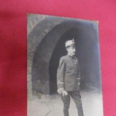 Postales: ANTIGUA FOTO POSTAL DE MILITAR FECHA 1909. CIRCULADA.. Lote 73708143