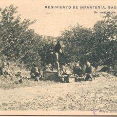 Postales: RGTO. DE INFANTERIA BADAJOZ Nº 10, UN CENTRO DE TRANSMISIONES - HUECOGRABADO MUMBRÚ - S/C. Lote 88117076