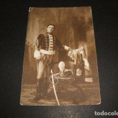 Postales: MILITAR RETRATO DE HUSAR FOTOGRAFIA TAMAÑO POSTAL . Lote 88164324