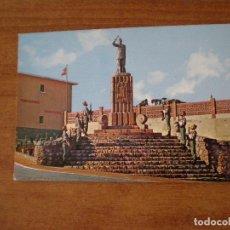 Cartoline: POSTAL ENTRADA AL CUARTEL DE GARCÍA ALDAVE EN CEUTA- AÑO 1965. Lote 100331103