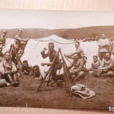 Postales: ANTIGUA POSTAL MILITARES ESPAÑOLES EN LOS QUINTOS DE MORA, TOLEDO. Lote 133371154