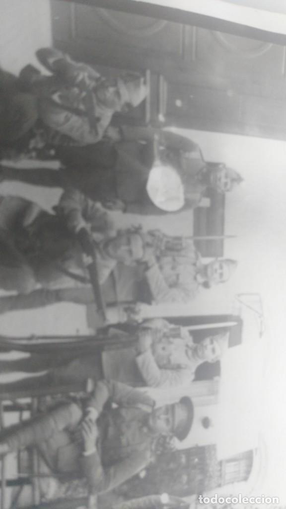 Postales: ANTIGUA POSTAL DE SOLDADOS ESPAÑOLES POSANDO - Foto 3 - 137980454