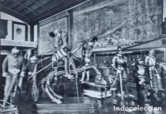 ARMADURAS DE CARLOS V. TAPICES SIGLO XVI. PALACIO REAL. REAL ARMERÍA. MADRID. POSTAL (Postales - Postales Temáticas - Militares)