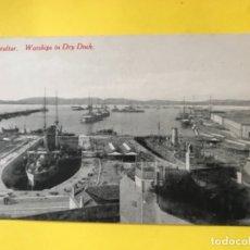 Postales: ANTIGUA POSTAL GIBRALTAR WARSHIPS IN DRY DOCK BARCOS DE GUERRA PUERTO REPARACIONES 1920 NAVIOS BARCO. Lote 179066553