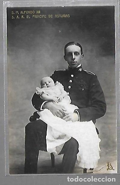 POSTAL. S.M. ALFONSO XIII Y S.A.R. EL PRINCIPE DE ASTURAS. LB. FAMILIA REAL Nº 27 (Postales - Postales Temáticas - Militares)