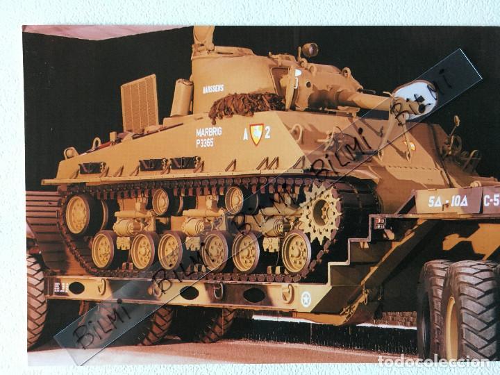 POSTAL VEHICULO MILITAR , TANQUE SHERMAN , M4A3, CHRYSLER (Postales - Postales Temáticas - Militares)