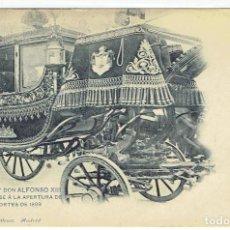 Postales: POSTAL, S.M. EL REY D.ALFONSO XII,DIRIGIENDOSE A LA APERTURA DE LAS CORTES DE 1899, HAUSER Y M. 586. Lote 205403855