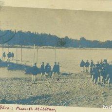 Postales: ZARAGOZA. PASO DEL RIO EBRO. PONTONEROS PUENTE MILITAR.CIRCULADA EN 1912. FOTOGRÁFICA. Lote 207034562