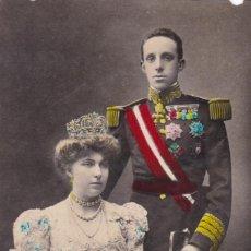 Postales: MONARQUIA S.S.M.M. LOS REYES D. ALFONSO Y Dº VICTORIA . ED. FOTO FRANZEN. CIRCULADA EN 1908.. Lote 222597713