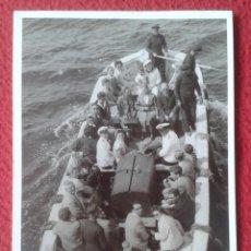 Postales: POSTAL TIPO FOTO ? EN REVERSO HELGOLAND ALEMANIA 1955 MILITARES MARINOS Y CIVILES ? MARINEROS ? BOTE. Lote 246934170