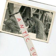 Postales: FOTO POSTAL DE MILITARES FOTO GUERRERO PLAZA RUIZ DE CEUTA AFRICA. Lote 296787918