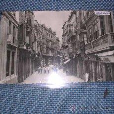 Postales: 56 - CARTAGENA,CALLE MAYOR,FOTOS CASAU,-14X9 CM.. Lote 26391517