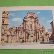 Postales: TARJETA POSTAL MURCIA - FACHADA DE LA CATEDRAL - FOTO LOPEZ - AÑOS 50/60. Lote 49527908