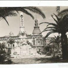 Postales: CARTAGENA - MONUMENTO A LOS HÉROES DEL CAVITE Y AYUNTAMIENTO - Nº 1010. Lote 138559698