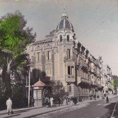 Postales: MURCIA CARTAGENA CALLE DE SAN DIEGO. ED. GARRABELLA Nº 16. POSTAL EN BYN COLOREADA. CIRCULADA. Lote 221712887