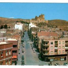 Cartes Postales: POSTAL DE CARAVACA. GRAN VÍA Y CASTILLO. ED. EXCLUSIVA LIBRERÍA LICEO, CARAVACA, Nº 2303 (1977).. Lote 262493375