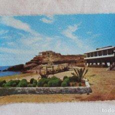 Postales: POSTAL AGUILAS PLAYA Y HOTEL CALYPSO, EDICIONES AZNAR AÑOS 60. Lote 278170898