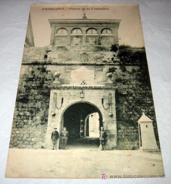 ANTIGUA POSTAL DE PAMPLONA - PUERTA DE LA CIUDADELA - ESTANISLAO ESPELOSIN - NO CIRCULADA - (Postales - España - Navarra Antigua (hasta 1.939))