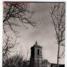 Postales: POSTAL DE MONASTERIO DE IBACHE (NAVARRA) TORRE Y FACHADA DE LA IGLESIA SIGLO XIII EDI TOMÁS ESTRELLA. Lote 5220549