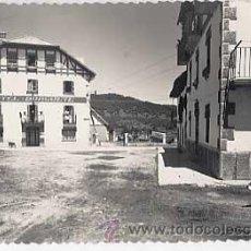 Postales: NAVARRA. BURGUETE. CALLE TIPICA Y HOTEL BURGUETE. ED. SICILIA. CIRCULADA. Lote 11887178