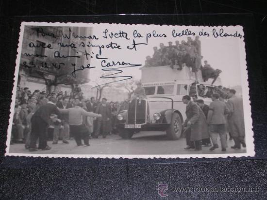 POSTAL FOTOGRAFICA - RONCAL ( NAVARRA ) HOMBRE ARRASTRANDO UN COCHE CON UNA CUERDA (Postales - España - Navarra Moderna (desde 1.940))