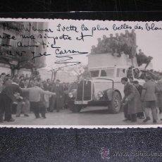 Postales: POSTAL FOTOGRAFICA - RONCAL ( NAVARRA ) HOMBRE ARRASTRANDO UN COCHE CON UNA CUERDA. Lote 12984744