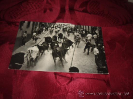 PAMPLONA ENCIERRO DE LOS TOROS,EDICIONES BAQUERO-PAMPLONA (Postales - España - Navarra Moderna (desde 1.940))