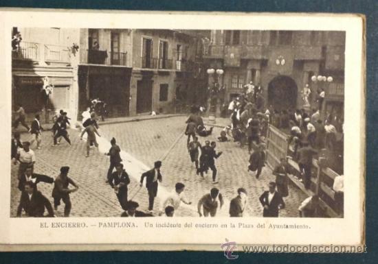 Postales: EL FAMOSO Y TÍPICO ENCIERRO DE LOS TOROS, PAMPLONA. SAN FERMÍN. 10 POSTALES. - Foto 7 - 34668564