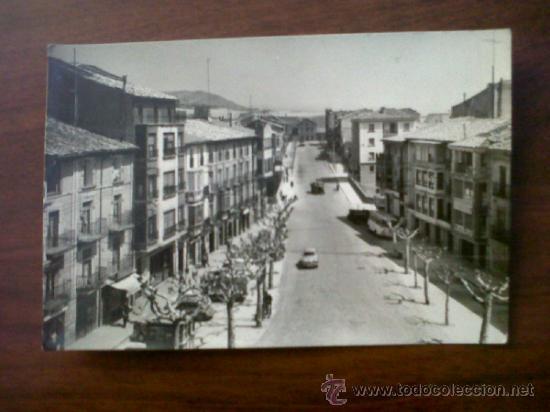 POSTAL TAFALLA-AVENIDA DEL GENERALISÍMO FRANCO-EDICIONES L.MONTAÑES Nº5-SIN CIRCULAR (Postales - España - Navarra Moderna (desde 1.940))